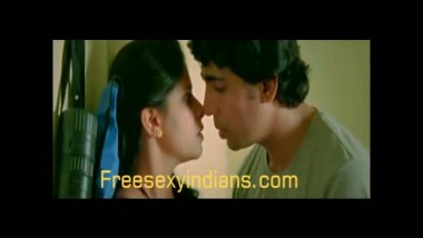 Desi bhabhi in her first masala movie