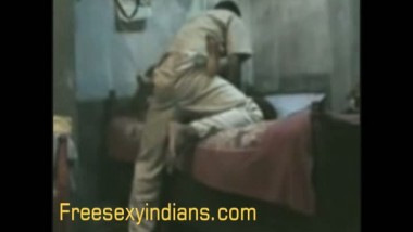Desi sex videos of young local call girl fucked by client