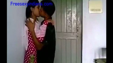 Mallu college girl foreplay with lover