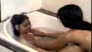 Lesbians In The Tub