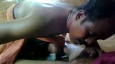 Mallu Guy Goes Deep Pussy