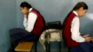 Classroom Kissing in Punjab