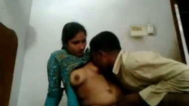 Village maid Shuba's pussy fucked in missionary style