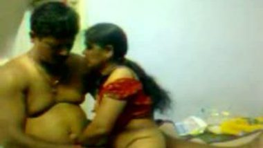 South Indian aunty removing saree and fucking lover