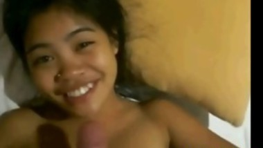 Cute Filipina Girl Facial - FreeFetishTVcom