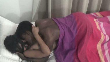 Mallu aunty Sheeba opens door for neighbor