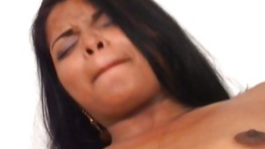 Couple Fucls On The Bed Ending In Facial