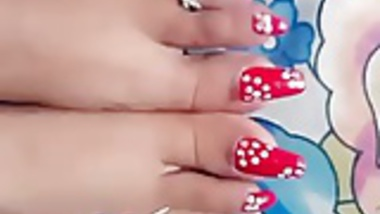 Long red sharp nails toenais of gf