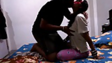 sexy shilpa bhabhi indian amateur giving her man a blowjob