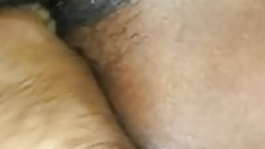 BF teasing desi girlfriend hairy dry pussy with clear audio