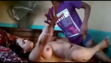 Indian big boobs aunty sex video with young servant