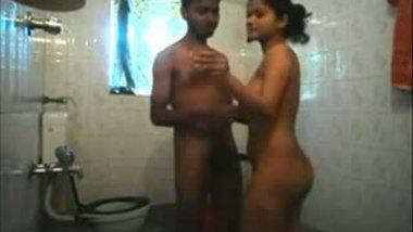 Desi shower porn mms of hot teen girl.