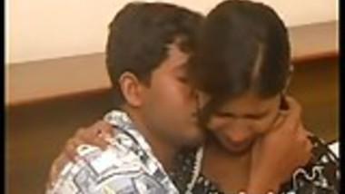 Amateur Indian Couple Seductive Bedroom Fucking