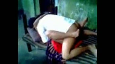 Mature desi aunty getting banged by an uncle