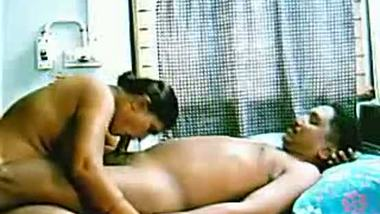 Indian college teen oral sex with lover