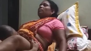 NANNIE: Indian Hot Desi Nokrnai Video
