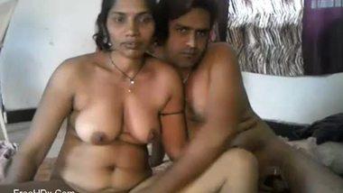 Hot Bhabhi sex video a dusky woman