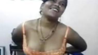 big boob indian aunty sucking