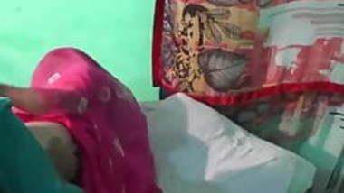 marwadi bhabhi boobs and ass massage