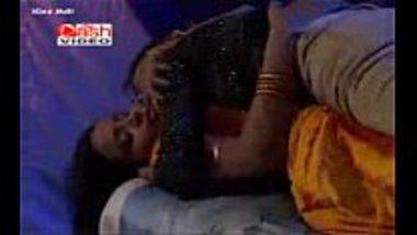 Hot Bhojpuri sex video featuring a lesbian porn