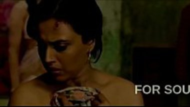 Hot scenes of desi actress Swara Bhaskar