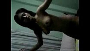 Naked bhabhi dancing and showing her assets