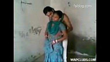 Hot couple from village has sex in standing position
