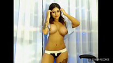 Indian big tits girl on the webcam flaunting