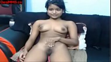Nude Mallu girl feeling pleasure with the lush
