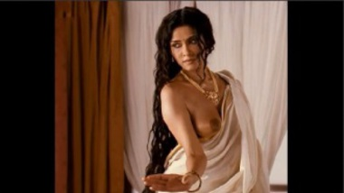 Boob Show Of Bollywood Actress Nandana Sen