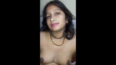 Sexy Marathi Wife Feeling Aroused
