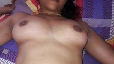 Indian wife exposing nude