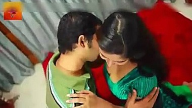 NAVEL - HOT DESI YOUNG LOVERS HAD ROMANCE