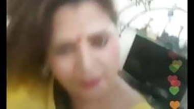 Sapna bgrade actress show sexyness live