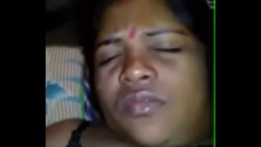 Drilling Hairy Pussy Of Desi Maid