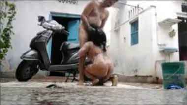 Horny Hot Aunty And Uncle Bathing And Fucking Outside Home