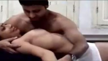 Licking Pussy Of Hot Indian Aunty In Local Lodge