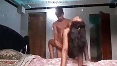 Indian guy fucking his girlfriend..