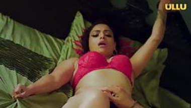 Indian Actress Naina Chhabra Caught with BF Doing Sex