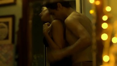 Hot kiss from web series (Hello Mini)