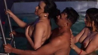 Hindi Bf Sola Saal Ladki Chudai Ki indian porn